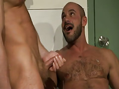 Nasty doc cums on bear dilf