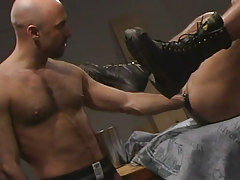 Hairy man-lover fisting males apple bottoms