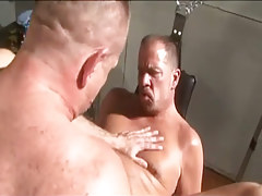 Wavy grown man-lover screws his old friend