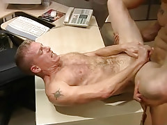 Hairy gentleman receives cavernous anal penetration on table