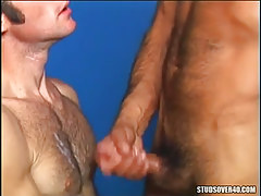 Bear dude cums on hairy gay