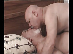 Fat silver gays mouth to mouth in daybed